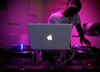DJ School: Какой лучший лаптоп для диджея?