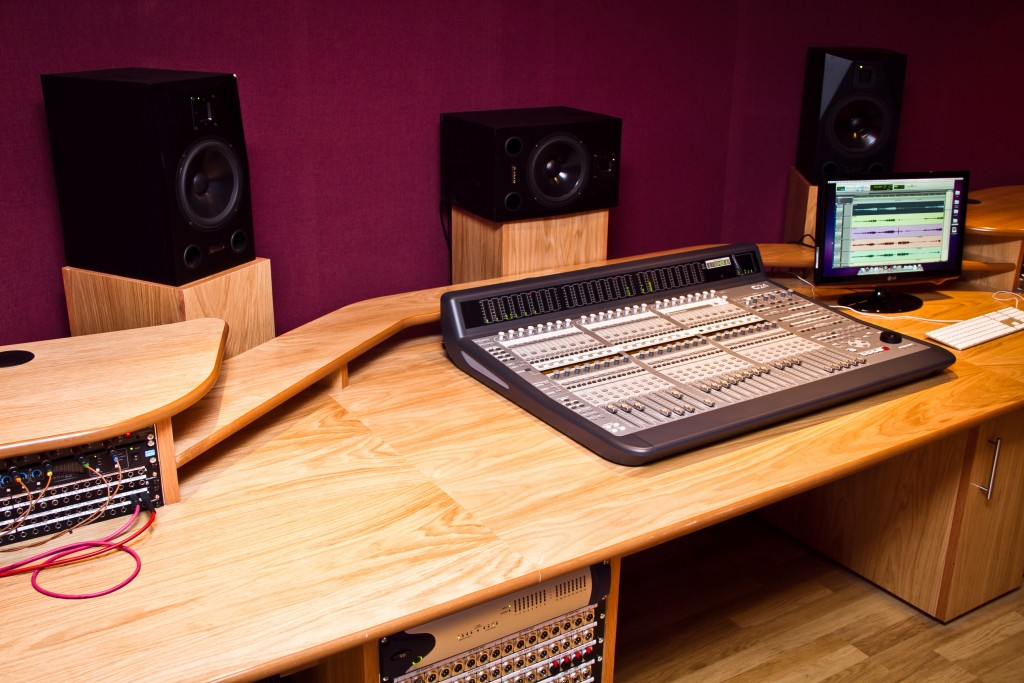 Photo: Студия звукозаписи в Morley College, London 3