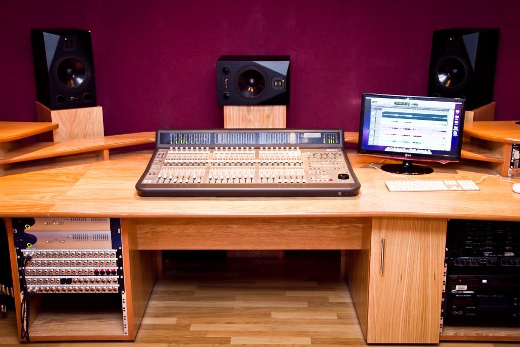 Photo: Студия звукозаписи в Morley College, London 5
