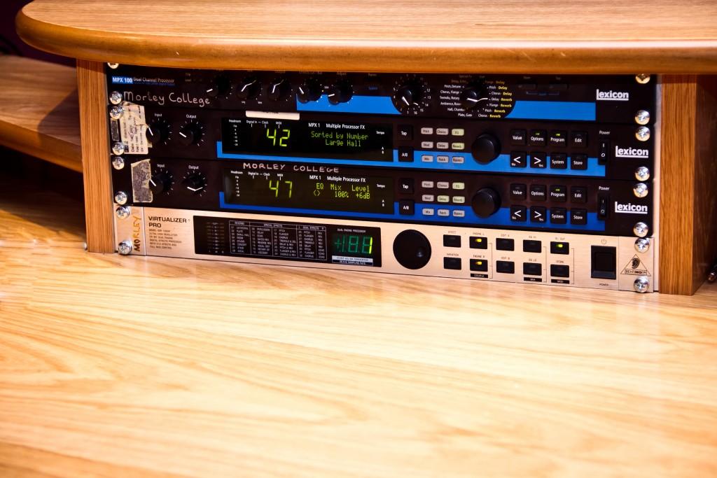 Photo: Студия звукозаписи в Morley College, London 7