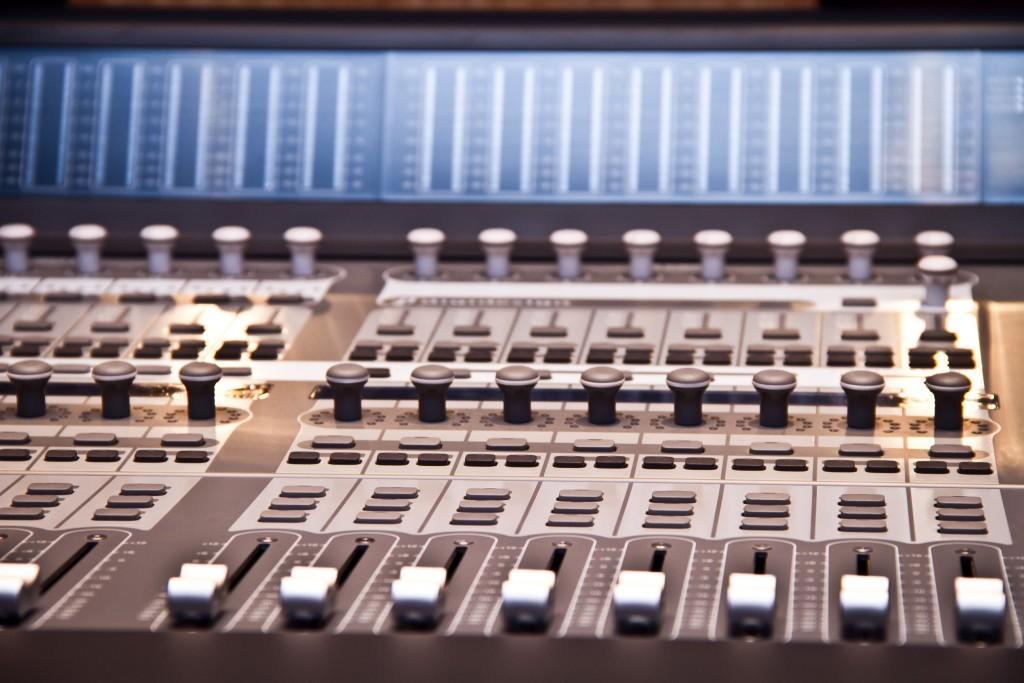 Photo: Студия звукозаписи в Morley College, London 16