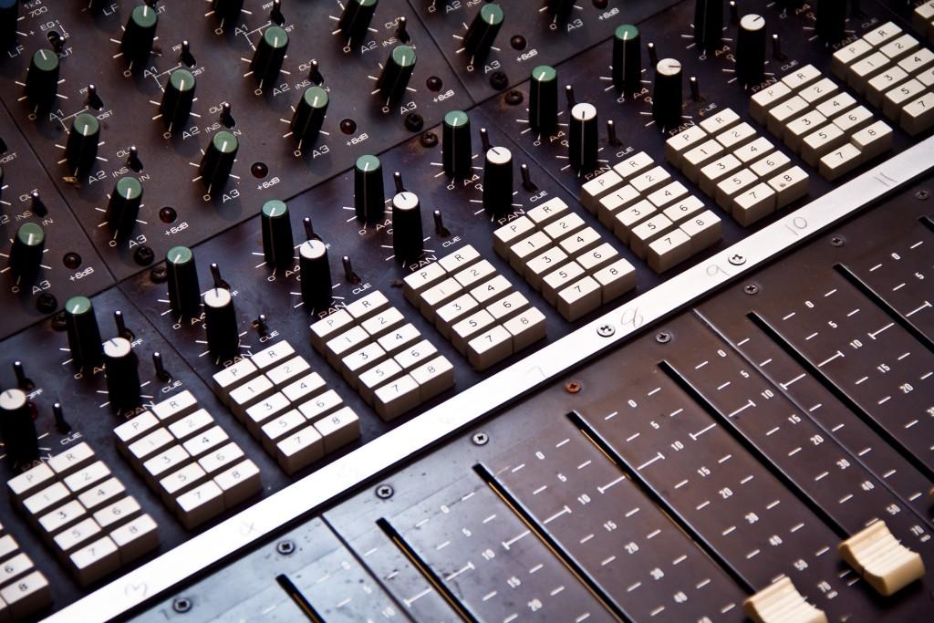 Photo: Студия звукозаписи в Morley College, London 13
